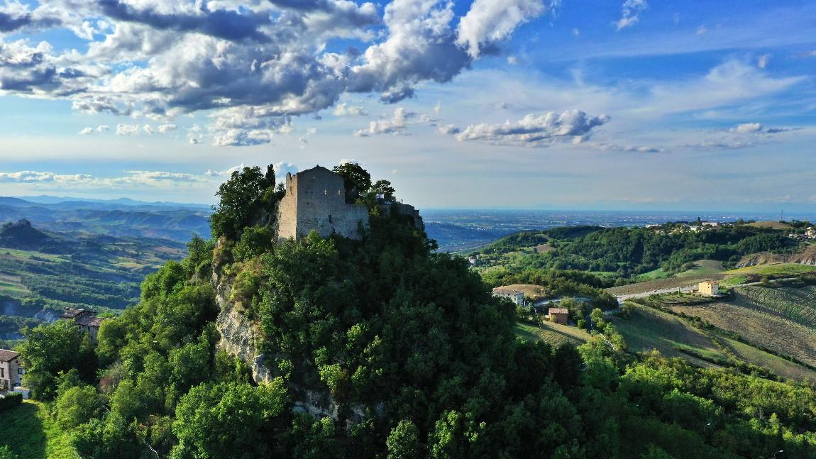 I luoghi di Matilde di Canossa, La Madonna della Battaglia