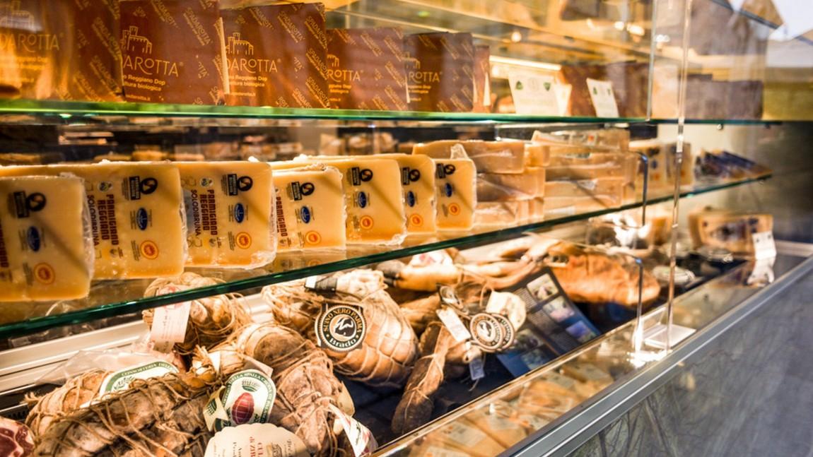 vetrina-Anima-di-Parma-rid.jpg