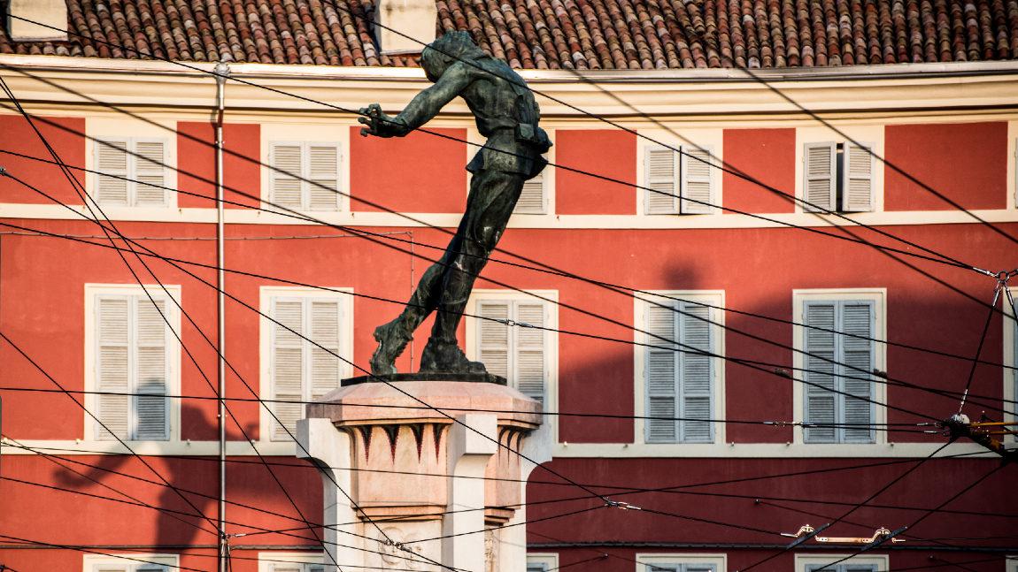 008Le-due-citta-visita-guidata-a-Parma-Monumento-a-Filippo-Corridoni-2bbb.jpg